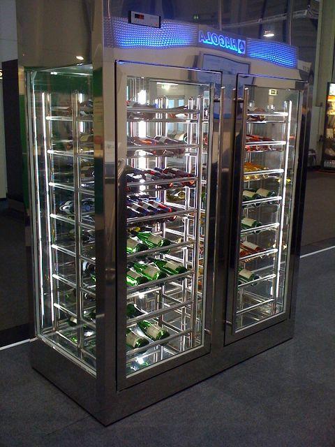 Weinschrank Hagola Xi Inside Weinkühlschauvitrine Hagola Weinschrank ...